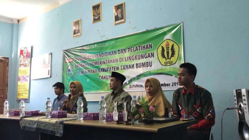 Penutupan Kegiatan Pendidikan Dan Pelatihan Akuntansi Pemerintahan di Lingkungan Pemerintah Kabupaten Tanah Bumbu