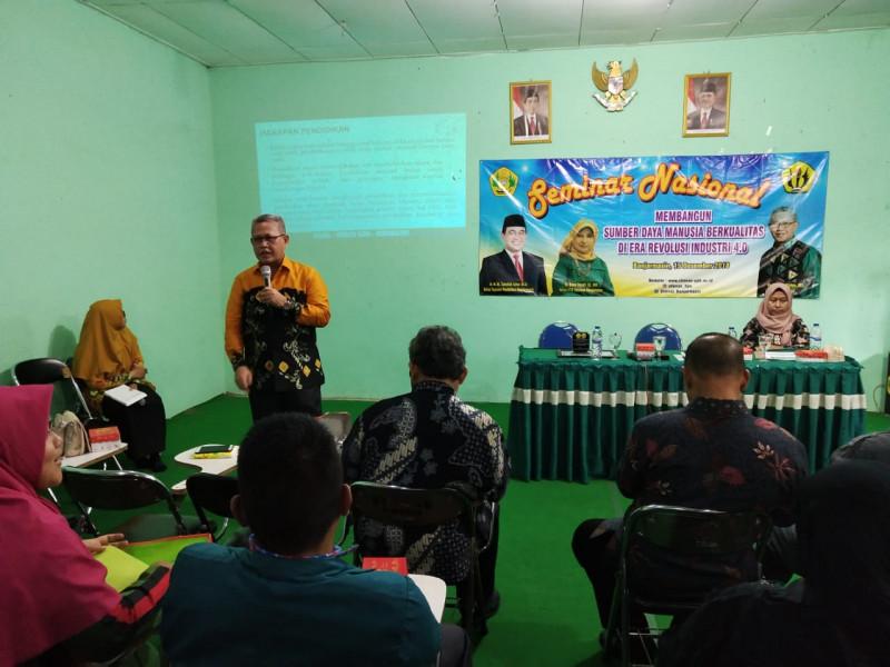 Seminar Nasional Membangun SDM Berkualitas di Era Revolusi Industri 4.0