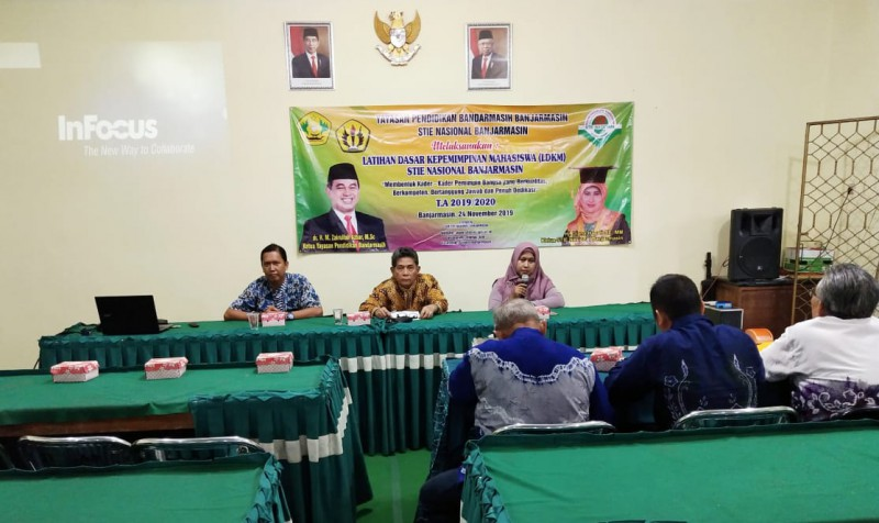 Latihan Dasar Kepemimpinan Mahasiswa STIE Nasional Banjarmasin